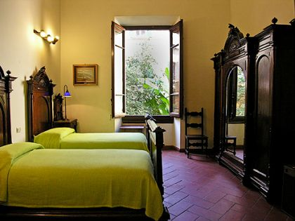 Soggiorno Panerai B & B - Bed and Breakfast in historical center of ...