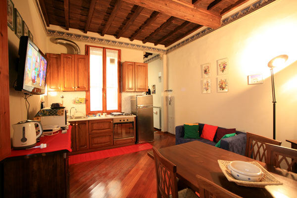 Meval Heart Florence Sleeps 2 Kitchen