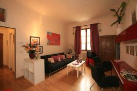 Caffe' Letterario Apartment (Sleeps 4) :: LIVING ROOM