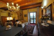 Due Cipressi holiday apartment on Florence hills